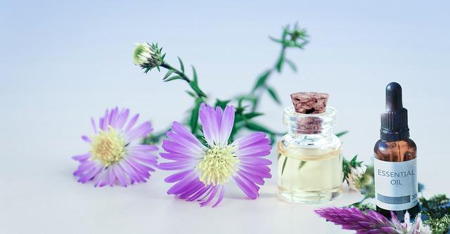 Les 9 façons d'utiliser l'aromathérapie pour votre bien-être et vous soigner.
